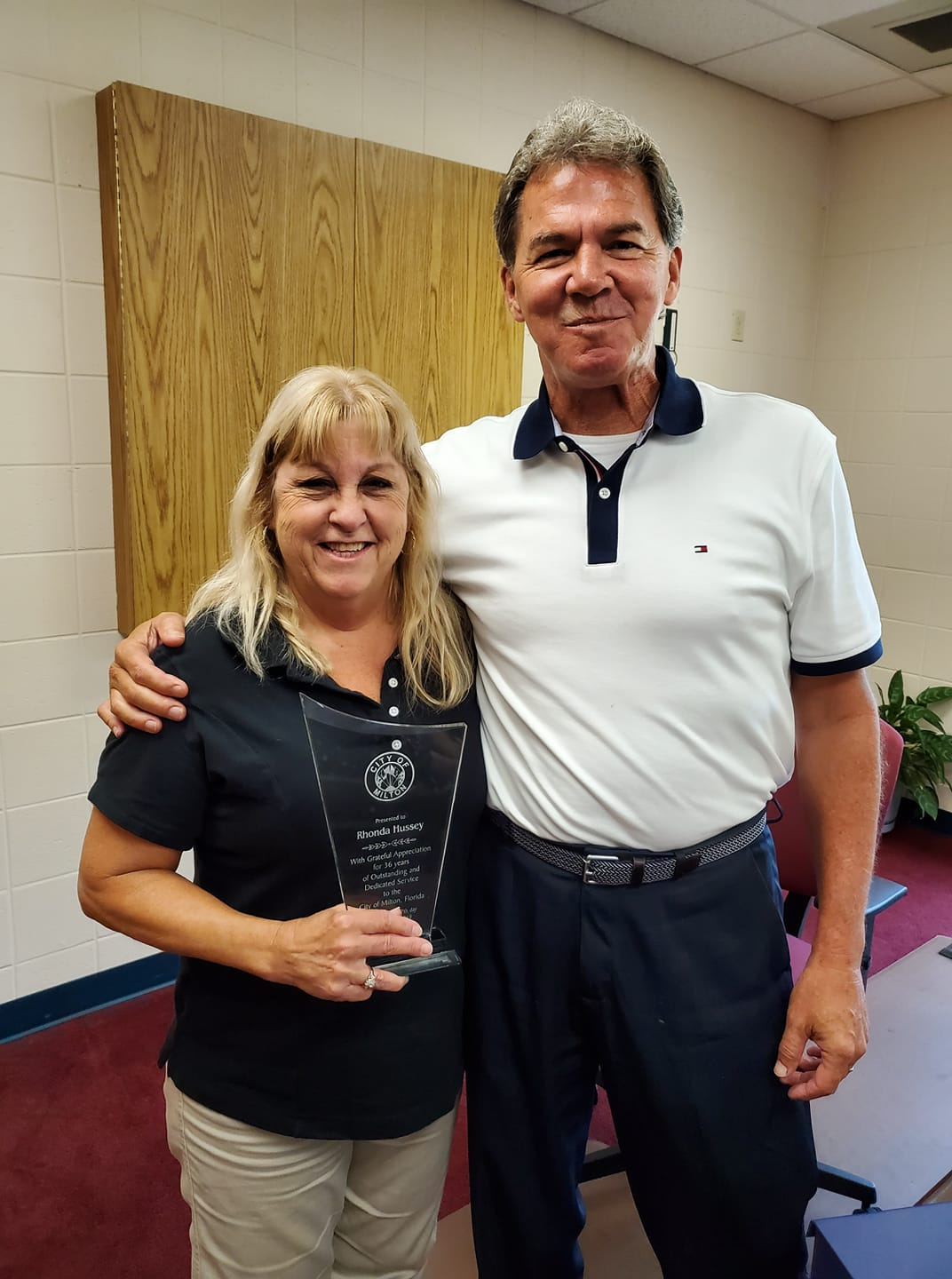 Rhonda Hussey and Randy Jorgenson city manager